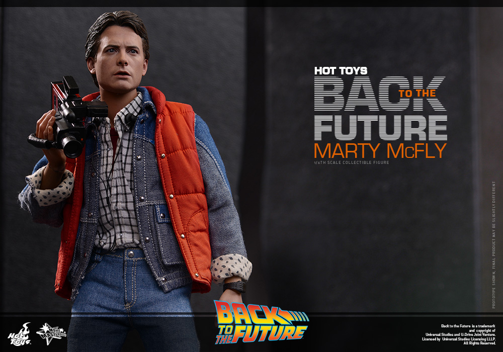 http://www.sideshowcollectors.com/images/Hot%20Toys%20-%20Back%20to%20the%20Future%20-%20Marty%20McFly%20Collectible_PR10.jpg