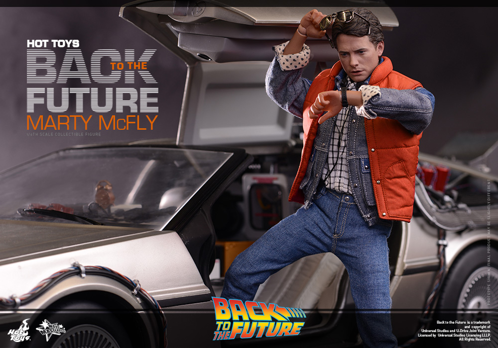 http://www.sideshowcollectors.com/images/Hot%20Toys%20-%20Back%20to%20the%20Future%20-%20Marty%20McFly%20Collectible_PR11.jpg