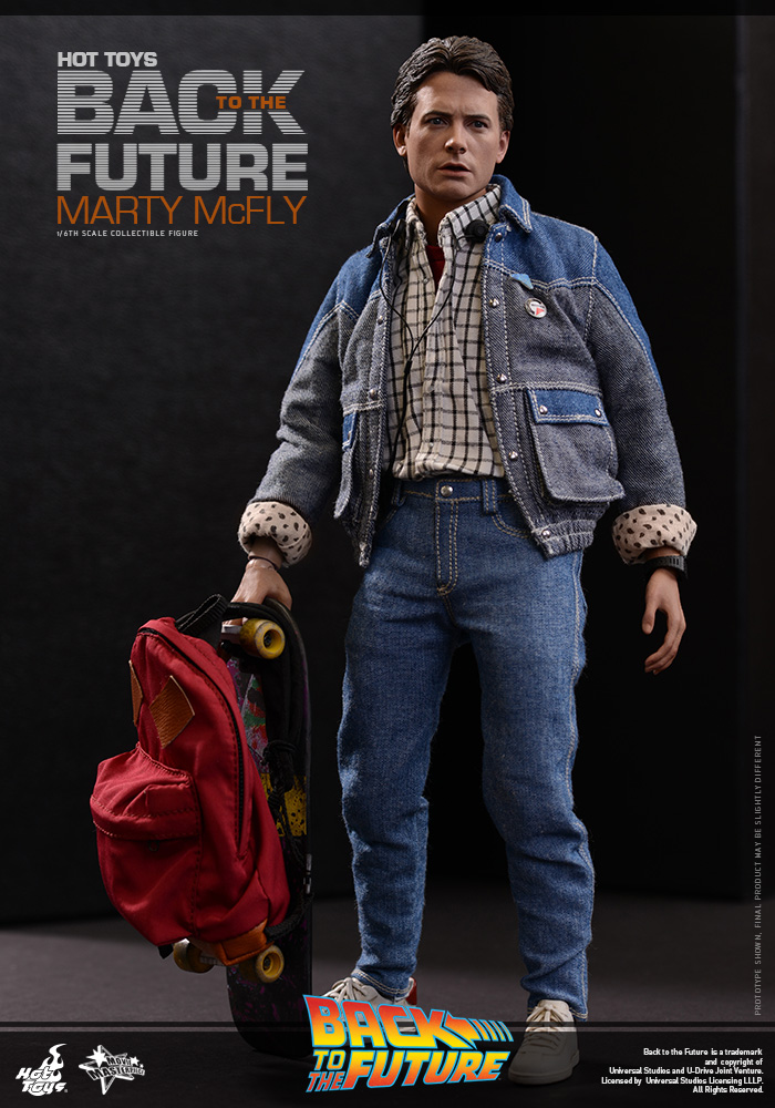 http://www.sideshowcollectors.com/images/Hot%20Toys%20-%20Back%20to%20the%20Future%20-%20Marty%20McFly%20Collectible_PR6.jpg