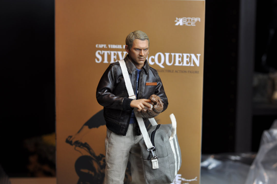 1//6 scale toy The Great Escape Steve McQueen OD Green Duffel Bag